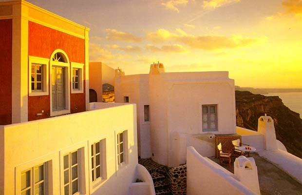 'AIGIALOS' Suites HOTEL – Fira, Santorini '91