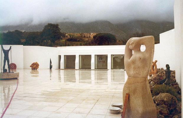 VORRES MUSEUM, Peania, Attica  —————- Vernacular & Contemporary Greek Art