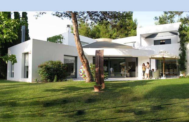 EKALI MODERN ART House