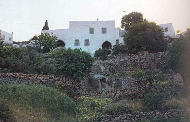 PATMOS BROKEN-ARCHED House